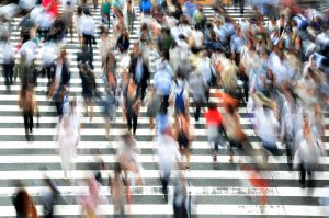 繁忙期に有給休暇を取得したいという社員の希望は応じなければならないの?
